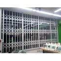 Раздвижные решетки в магазины Комфи