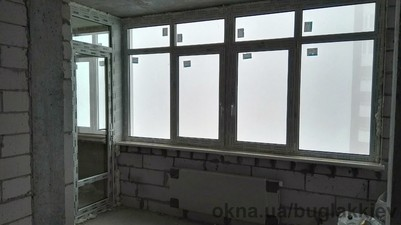REHAU Пластиковые балконные двери — VS PLAST