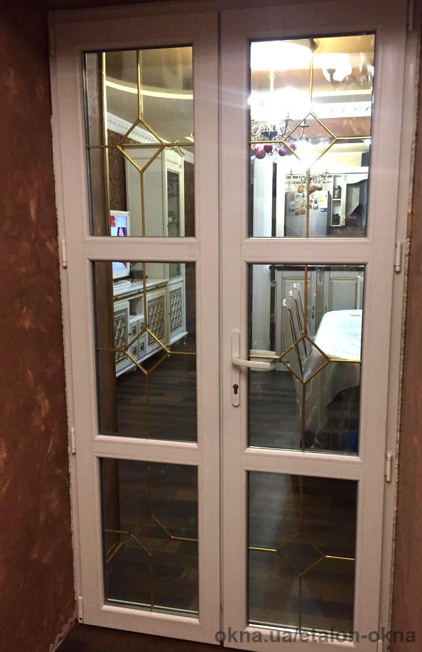 Металлопластиковые межкомнатные двери в котедже