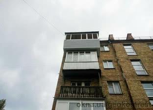 Балкон в многоэтажном здании — Геоком Рест