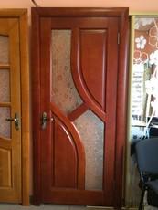 Двері з масиву вільхи