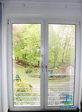 Распашные двери для выхода на террасу или для разделения комнат в квартире