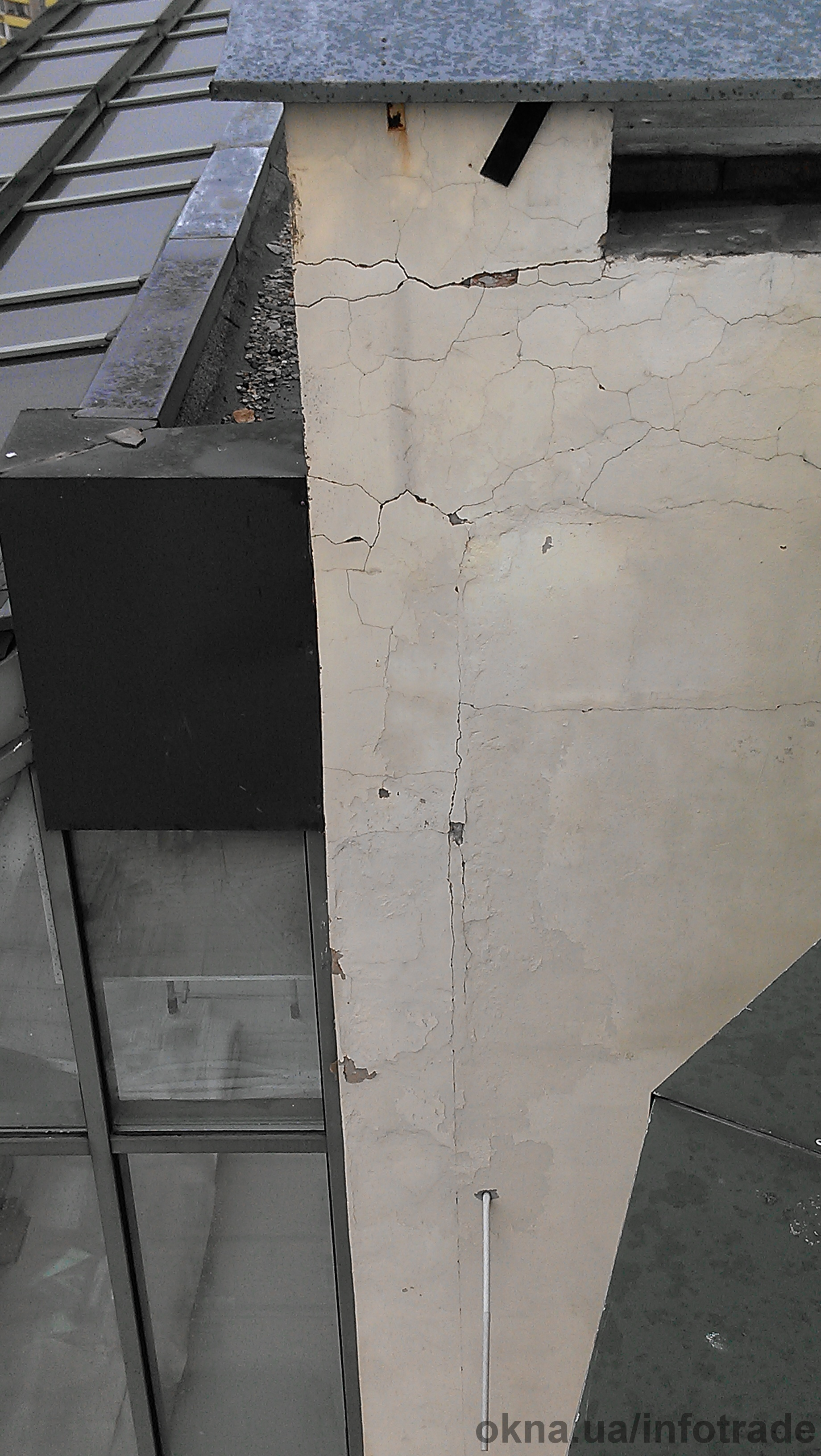 Замена стеклопакетов на фасаде и в других конструкциях.