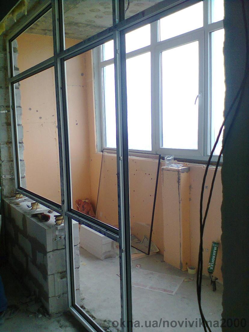 остекление выхода на балкон и лоджии по ул. Щорса