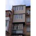 Балкон с крышей и обшивкой