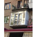 Французский балкон над кафе