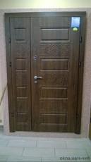 Бронированная дверь полуторная