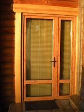 Входные двери из термоизолированного алюминия.