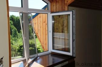 """Москитные сетки на пластиковые окна на Троещине — СК """"Комфорт"""""""