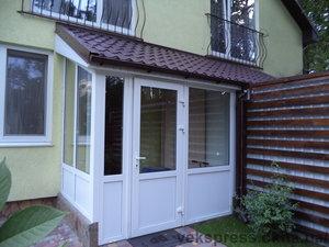 Вхідні двері, тамбур — Вікна Експрес