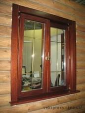 Окно в чердак со шпросами