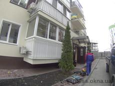 Г-образный теплый балкон