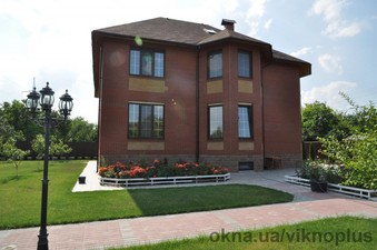 Тёплый загородный дом — ТМ ВікноПлюс