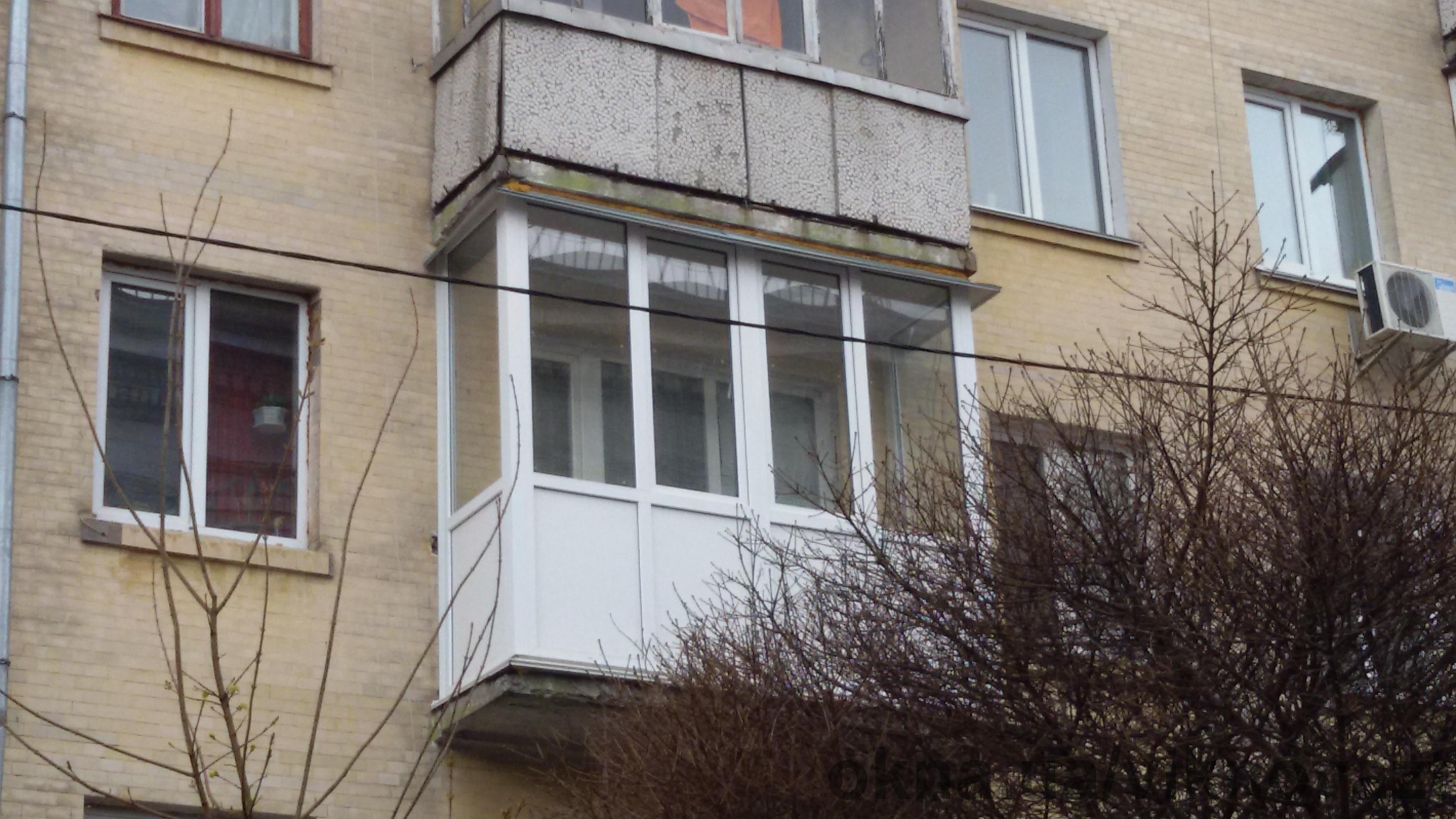 Балконы под ключ с обшивкой и утеплением