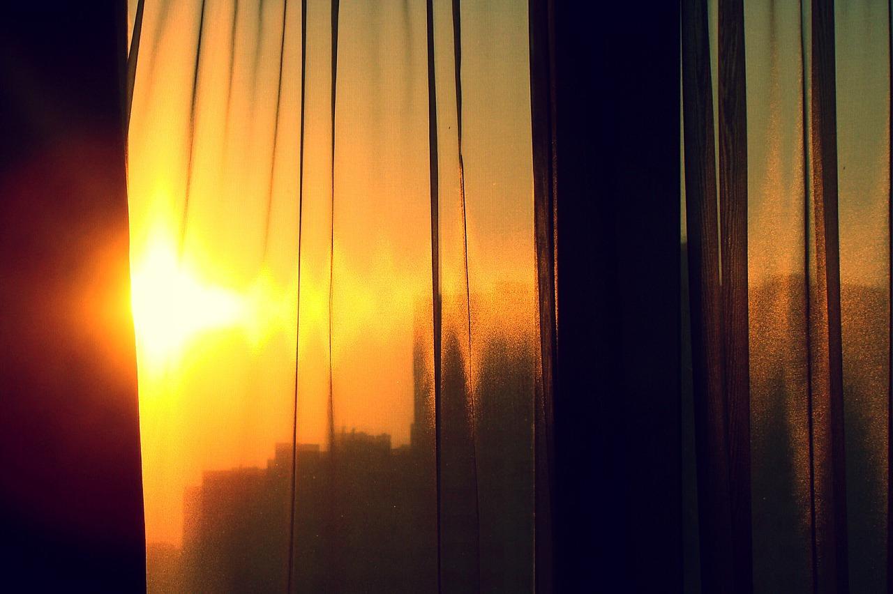 чем затенить окно в жару от солнца