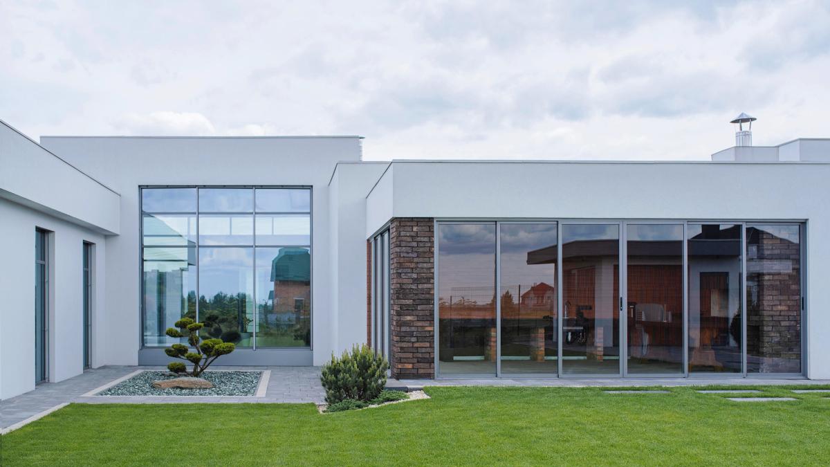 Красота панорамы: интервью с владельцем «прозрачного дома» в Ровно