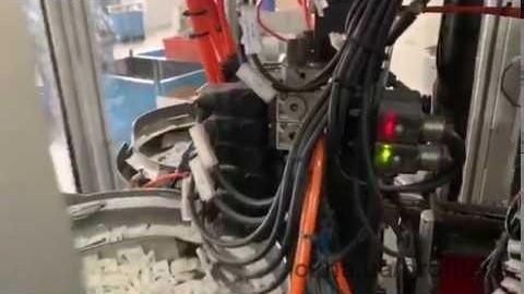 Дверные ручки AKPEN теперь собирают роботы