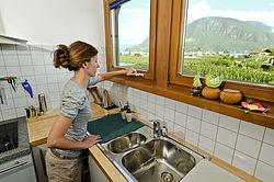 Поворотно-откидное окно с фурнитурой MULTI KOMFORT