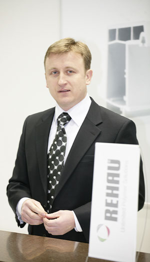 Игорь Бинковский, директор по продажам и маркетингу REHAU