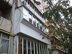 Остекление балконов и лоджий в Киеве