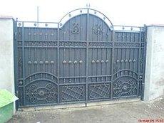 Ворота кованые, секционные, ролетные, откатные, распашные, подъёмные, с ручным и автоматическим откр. калитки, заборы, навесы лестницы, перила и т. д.