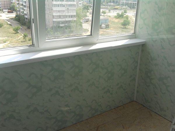 Обшивка балконов внутри.