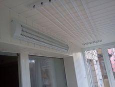 Бельевые сушки на балконах.