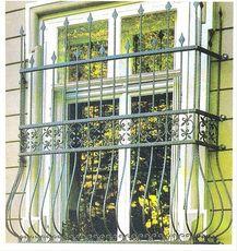 Решетки на окна сварные и с элементами ковки