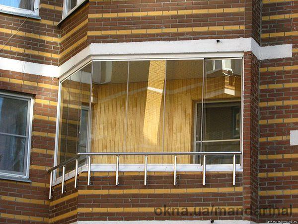 Красивые стеклянные балконы