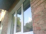 Окно трехчастное, профиль Fenster, фурнитура Siegenia стеклопакет однокамерный