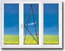 Трехстворчатое окно с наружной ламинацией, профиль Aluplast 2000 фурнитура Siegenia, стеклопакет двухкамерный