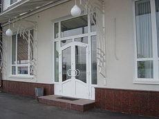 Остекление фасадов зданий профилем Salamander - лучший выбор (Киев)!
