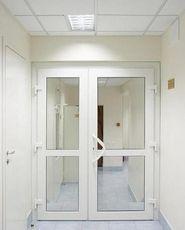Входная дверь в офис