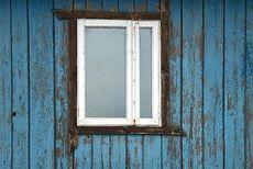 Окно профильной системы Fenster двухстворчатое, фурнитура Vorne в низшем ценовом диапазоне