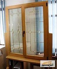 Окно Rehau двухстворчатое наивысшего класса в гостиную в среднем ценовом секторе, размер: 0,8 х 1,7 м