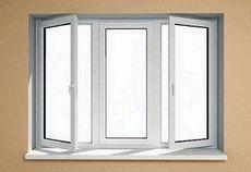 Пластиковое окно Фенстер поворотно-откидное для частного дома в среднем ценовом диапазоне