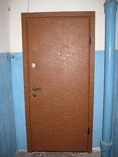 Двери входные в тамбур