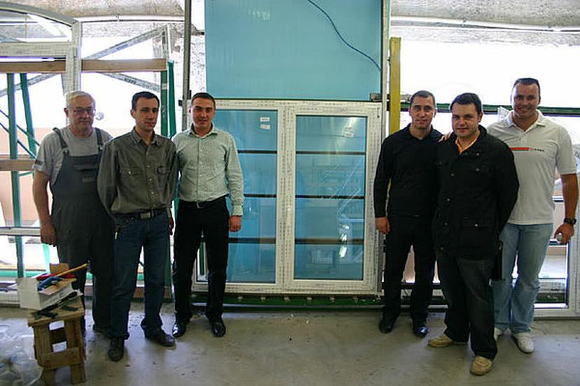 Производство первого в Украине пластикового окна из профильной системы REHAU GENEO