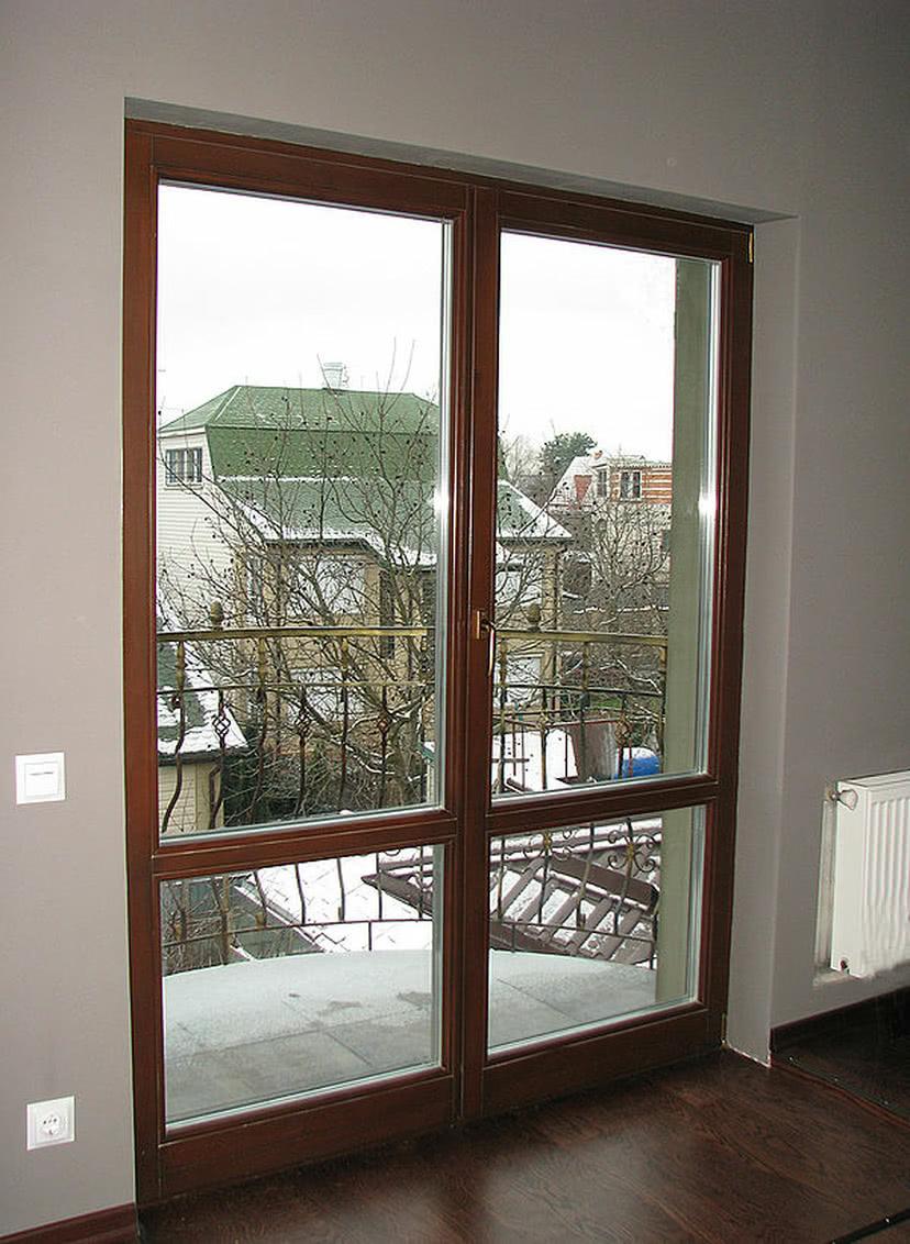 Двери деревянные балконного типа - объекты компании модер....