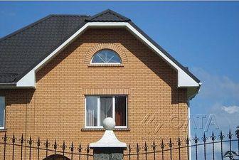 арочное окно, трехчастное окно — Олта