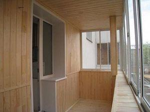 Обшивка балкона даревянной вагонкой без сучка15000 — Ника-Пласт