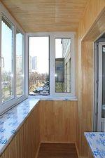 """Обшивка деревом балкона в хрущовці — СК """"Комфорт"""""""