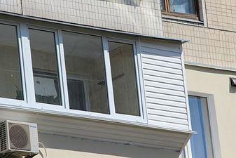 """Обшивка балкона в 96 серії будинку — СК """"Комфорт"""""""