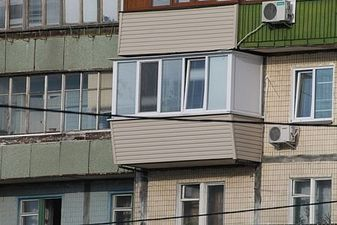 "Наружная обшивка балкона сайдингом — СК ""Комфорт"""