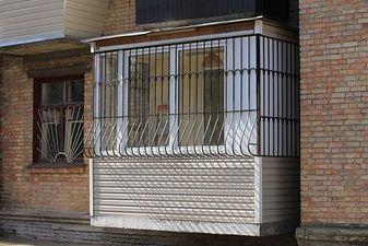 """Вынос балкона по полу в Хрущевке — СК """"Комфорт"""""""