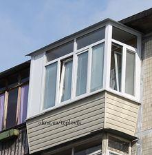 """Балкон в Хрущевке с крышей — СК """"Комфорт"""""""