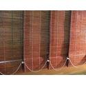 Вертикальные жалюзи из грубого бамбука.