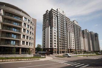 Остекление многоэтажного дома: Новопечерские Липки — VEKA