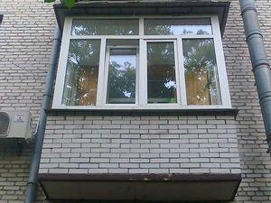 Остекление балкона (П-образный) в кирпичном доме — Вікна Експрес