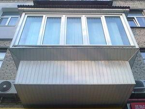 Балкон с выносом обшитый вагонкой — Вікна Експрес
